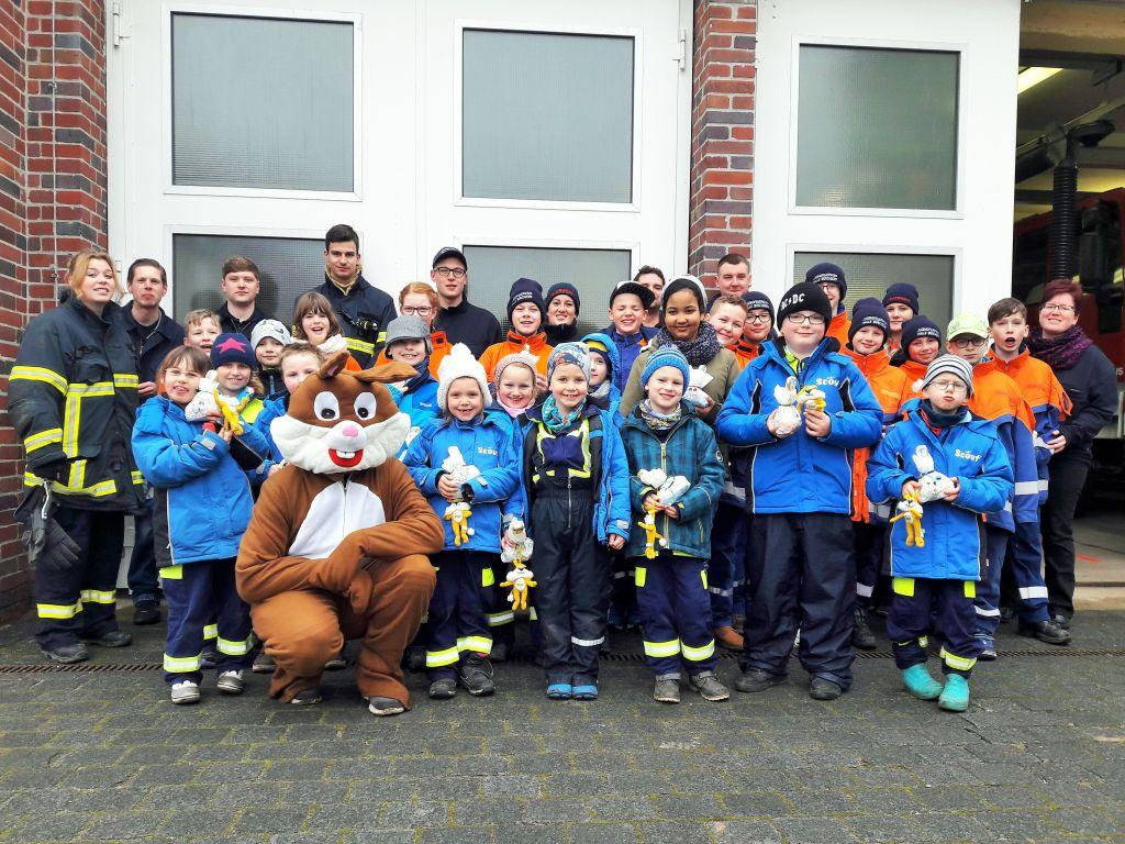 Gruppenbild der Kinder- und Jugendfeuerwehr Halle Büschdorf - 31.03.2018