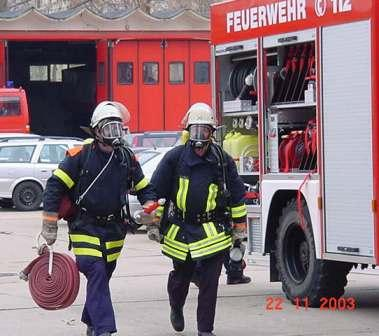 2003uebung2atemschutztraeger